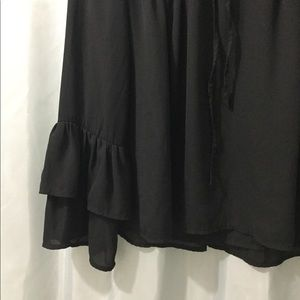 Cable & Gauge Tops - Cable & Gauge S BLACK Chiffon bell sleeve top